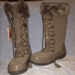 Sporto Winter Snow Boots Leather size 8 duck boots